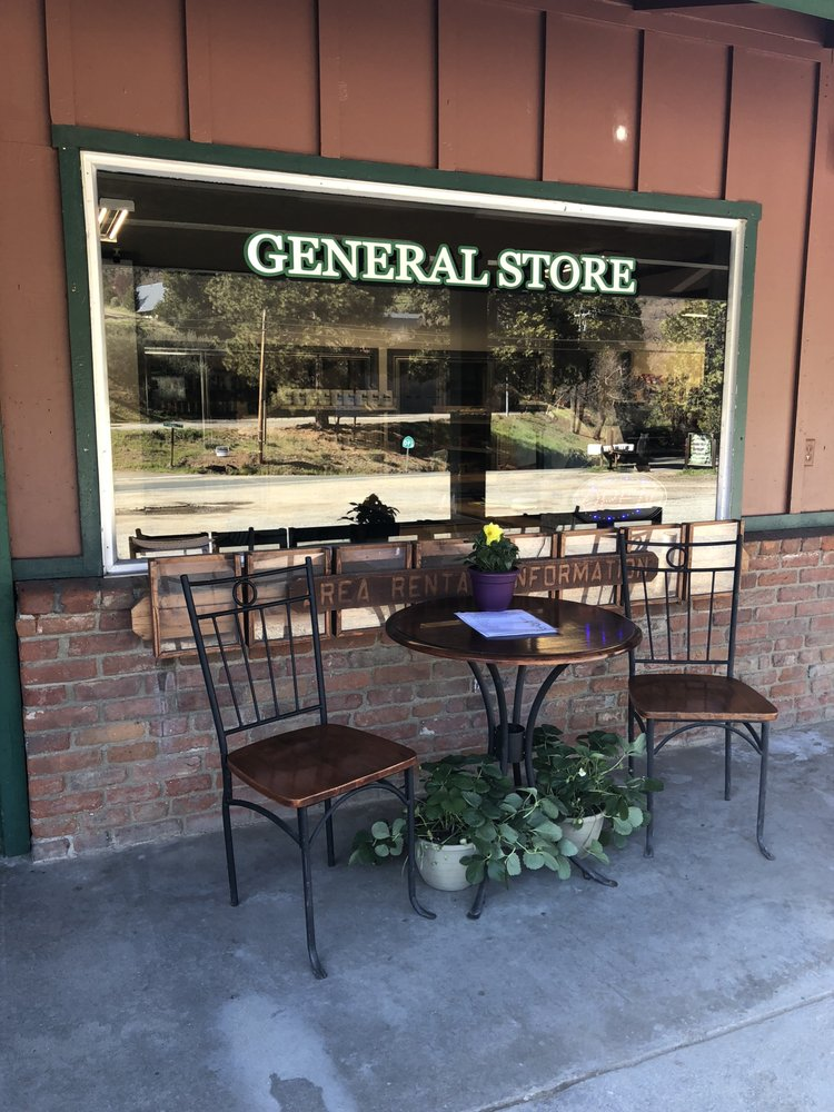 Pierpoint General Store: 801 Highway 190, Springville, CA
