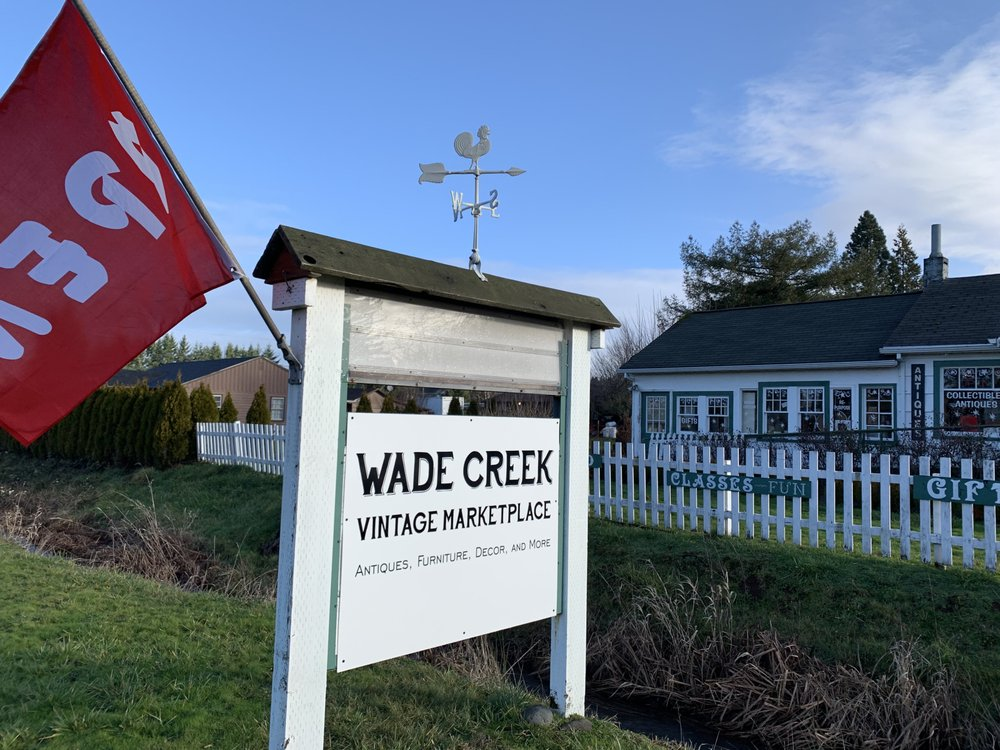Wade Creek House: 664 NW Wade St, Estacada, OR