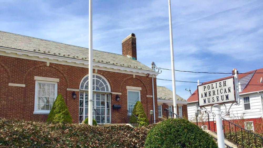 Polsko-Amerykańskie Muzeum w Port Washington NY – Profil i Historia
