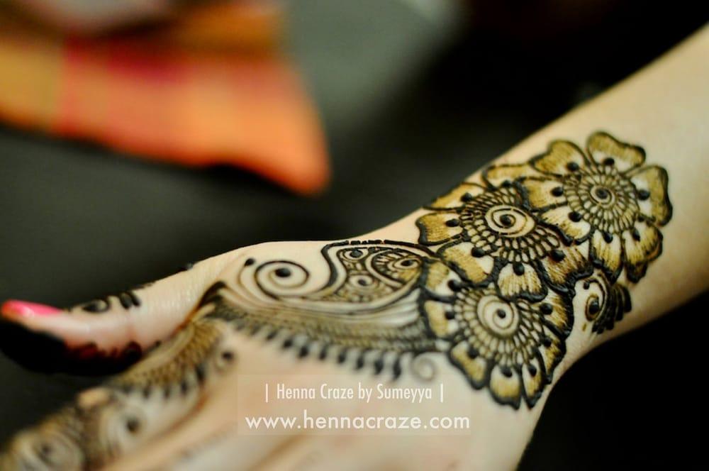 Mehndi Body Art Quality Henna : Henna craze photos reviews artists w