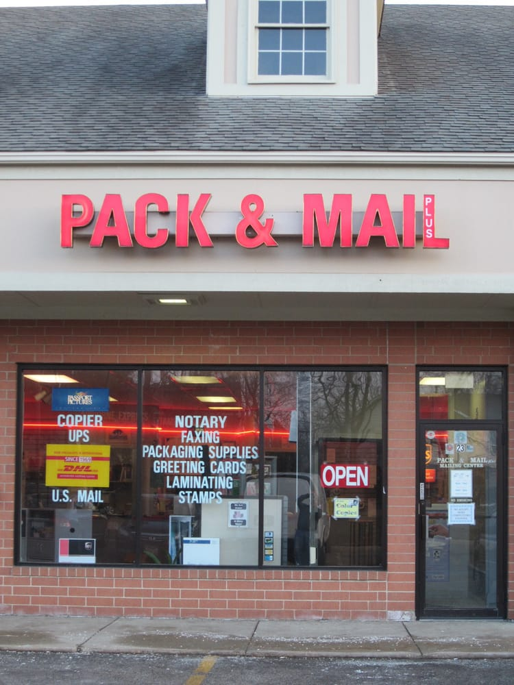 Pack & Mail Plus: 360 W Schick Rd, Bloomingdale, IL