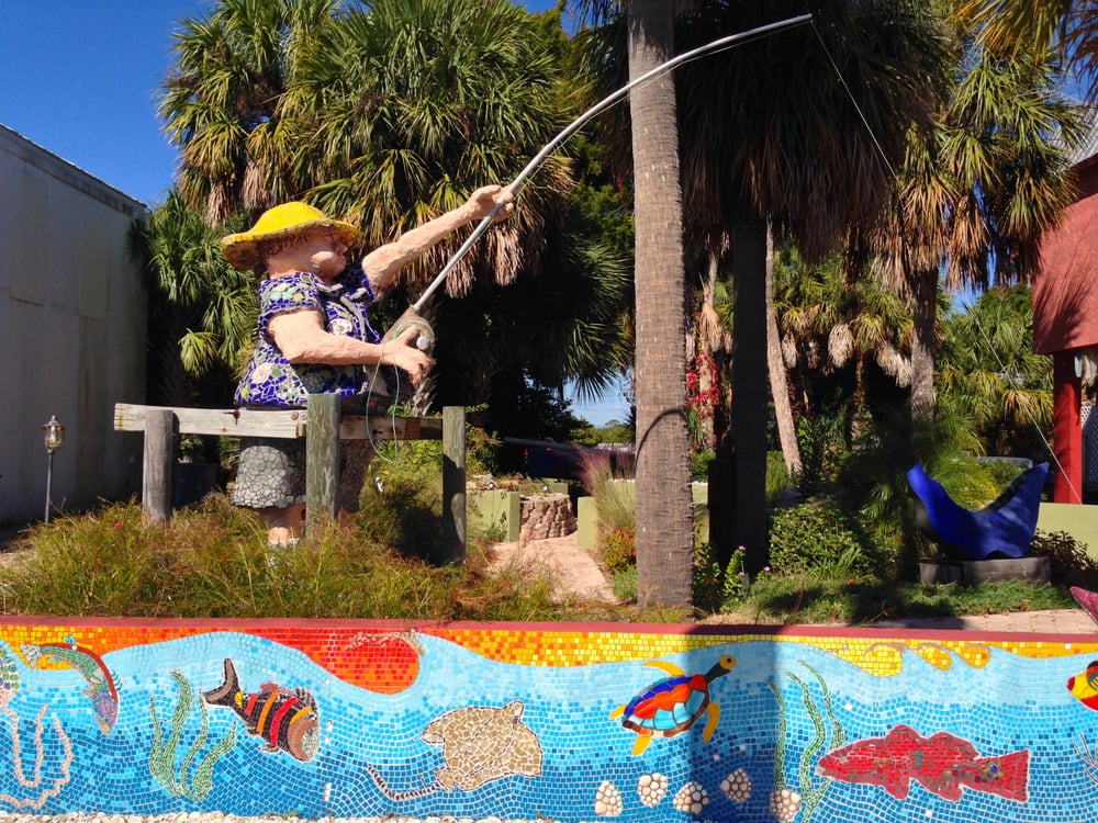 Island Arts: 509 2nd St, Cedar Key, FL