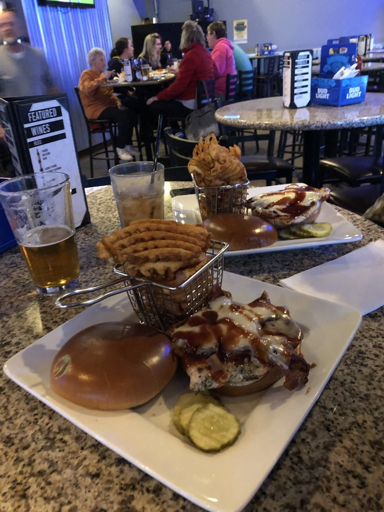 Hydeout Bar & Grill: 13502 Julie Dr, Poplar Grove, IL