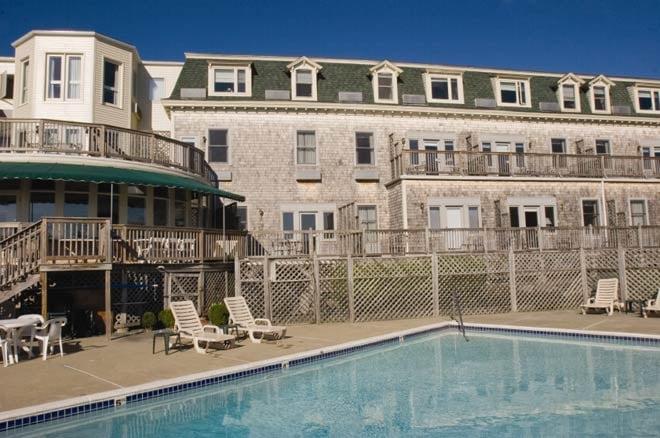 Wyndham Bay Voyage Inn 14 Photos 17 Reviews Hotels 150 Conanicus Ave Jamestown Ri Phone Number Yelp