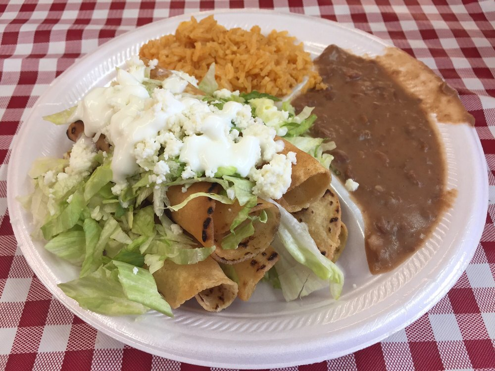 El Quielite Restaurante: 115 S East Center St, Faison, NC