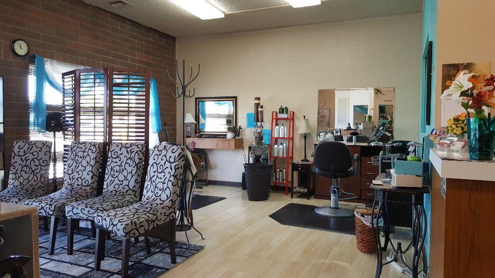Salon Perfecton: 2105 Meridian Ave E, Edgewood, WA