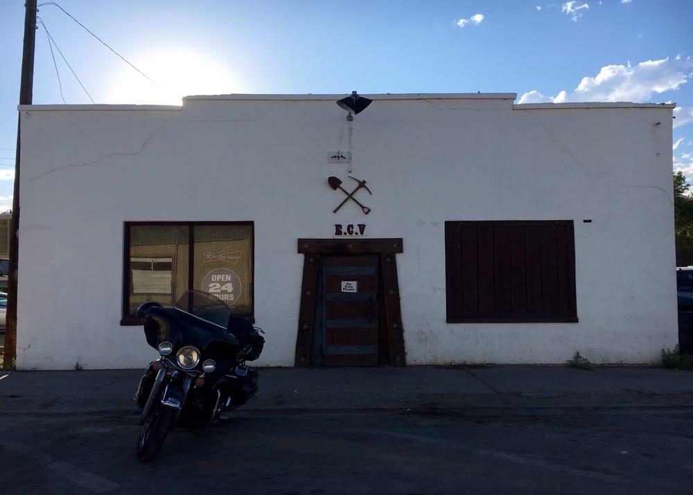 Mike's Mine Shaft: 44 W Railroad St, Winnemucca, NV