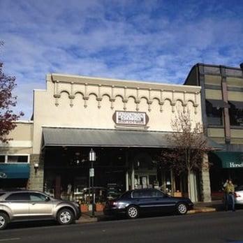 Ashland oregon women's clothing stores