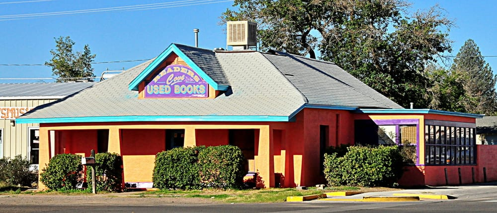 Readers' Cove Used Books & Gallery: 200 S Copper St, Deming, NM
