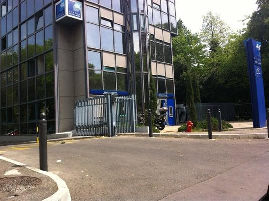 Banque populaire provencale et corse banche istituti di for Garage avenue sainte marguerite nice