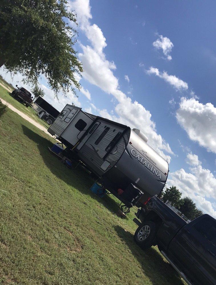 Cross S RV Park: 3780 N US Hwy 83, Crystal City, TX