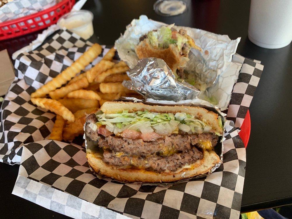 Weekend Dreams Burgers & Grill