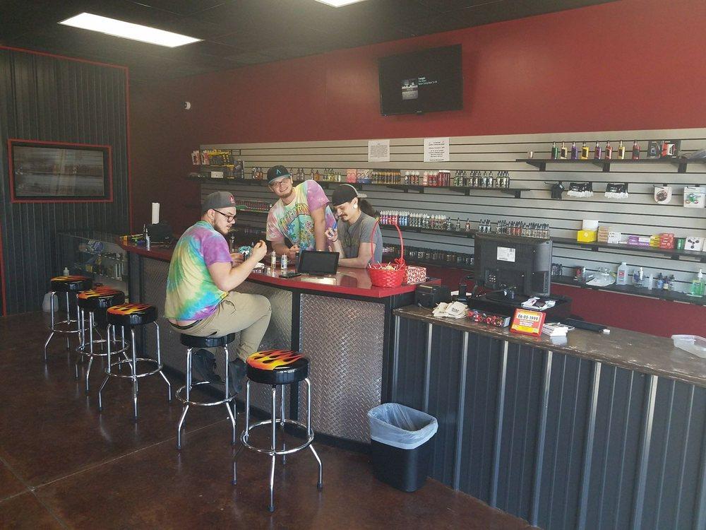 Smokin Hot: 1107 A Ave W, Oskaloosa, IA