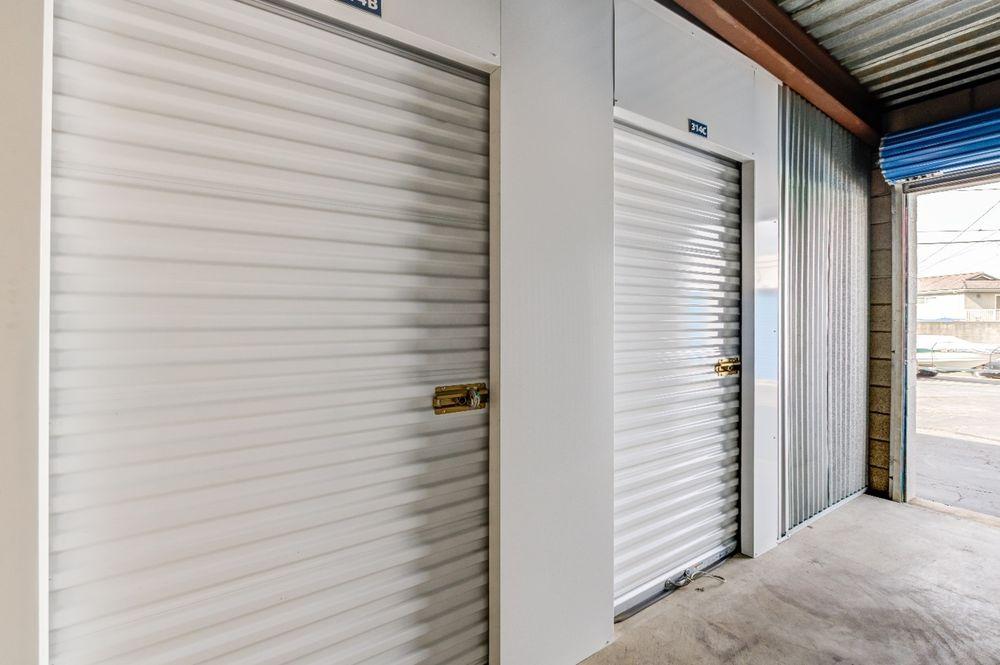 Storage Etc - Diamond Bar: 21320 Golden Springs Dr, Diamond Bar, CA