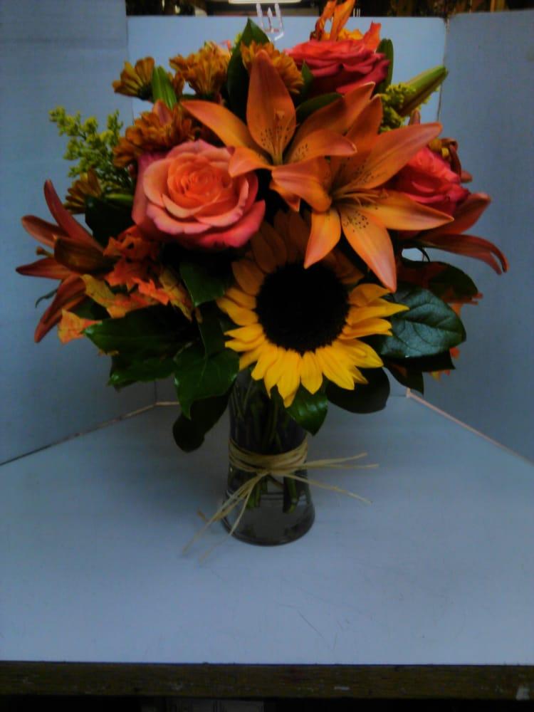 McKinneys Flowers: 1700 N 17th St, Lafayette, IN