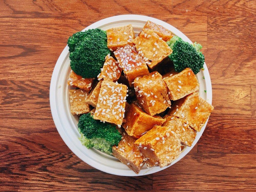 Eastern China Taste: 5586 Chamblee Dunwoody Rd, Dunwoody, GA