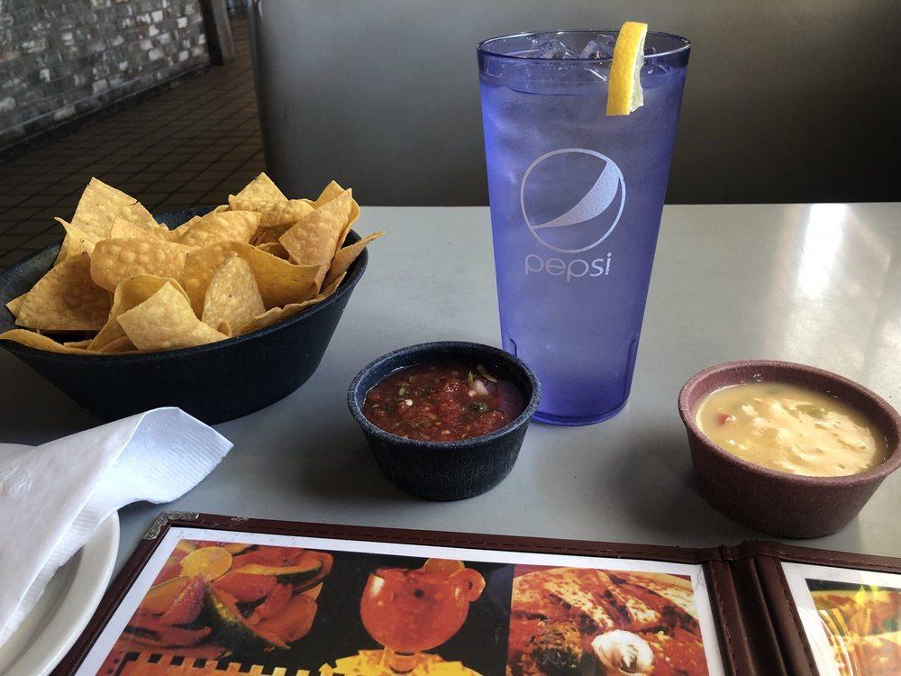 Emilio Mexican Restaurant: 10029 Old US Hwy 75, Okmulgee, OK
