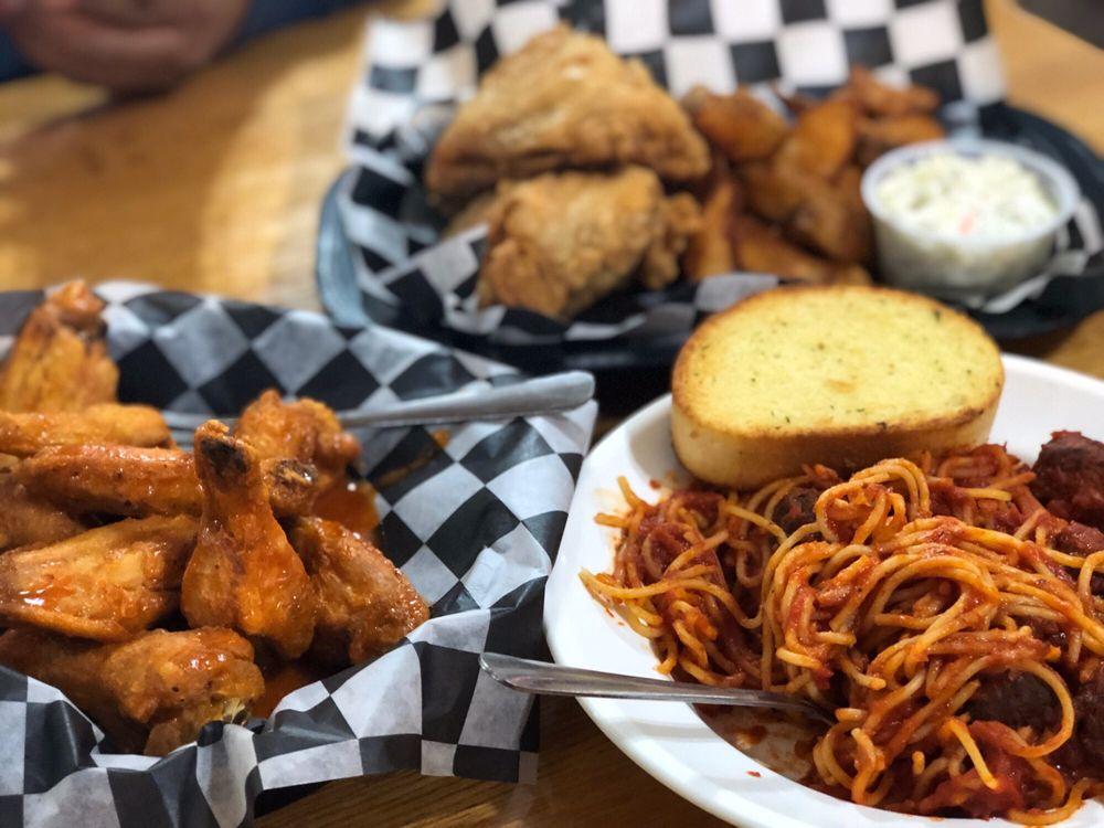 Boss' Pizza & Chicken: 212 Winter St, Keystone, SD