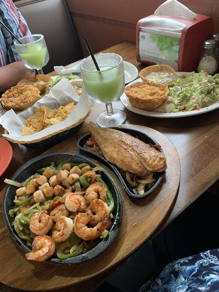 El Jardin Mexican Restaurant: 1820 Mooresville Hwy, Lewisburg, TN