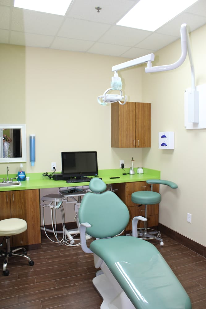 Fresno Dental: 12033 Hwy 6, Fresno, TX