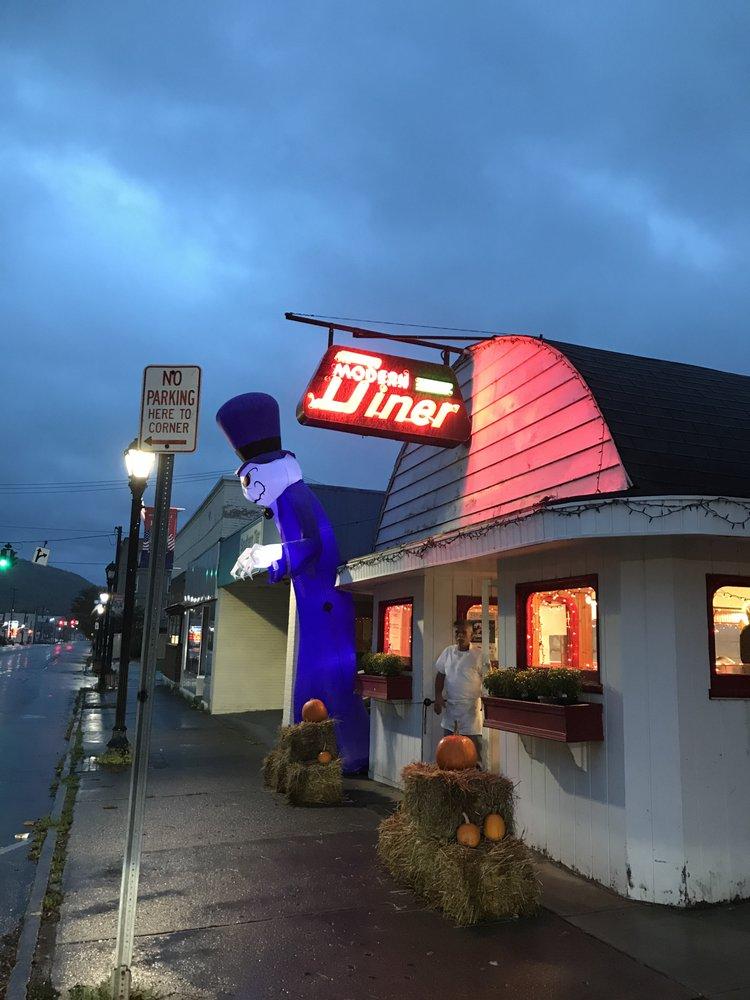 Modern Diner: 73 N Main St, Wellsville, NY