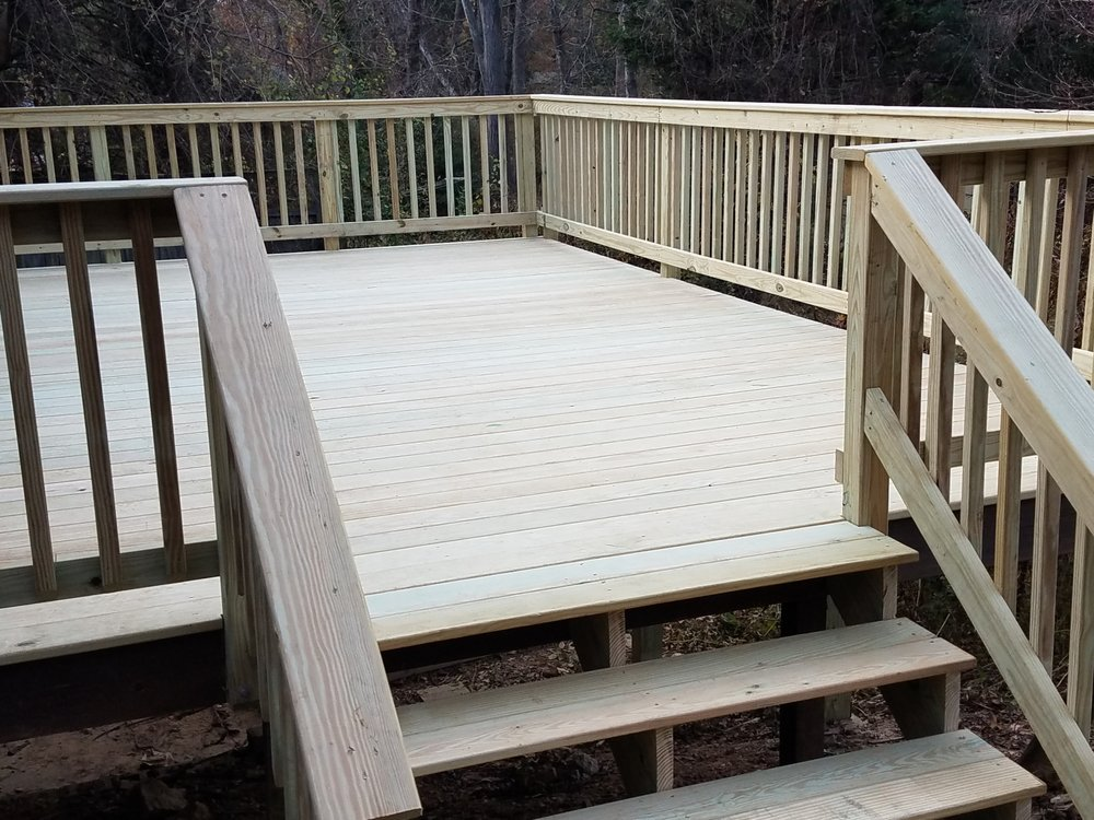 Deck Maxtor: 14208 Weeping Willow Dr, Silver Spring, MD