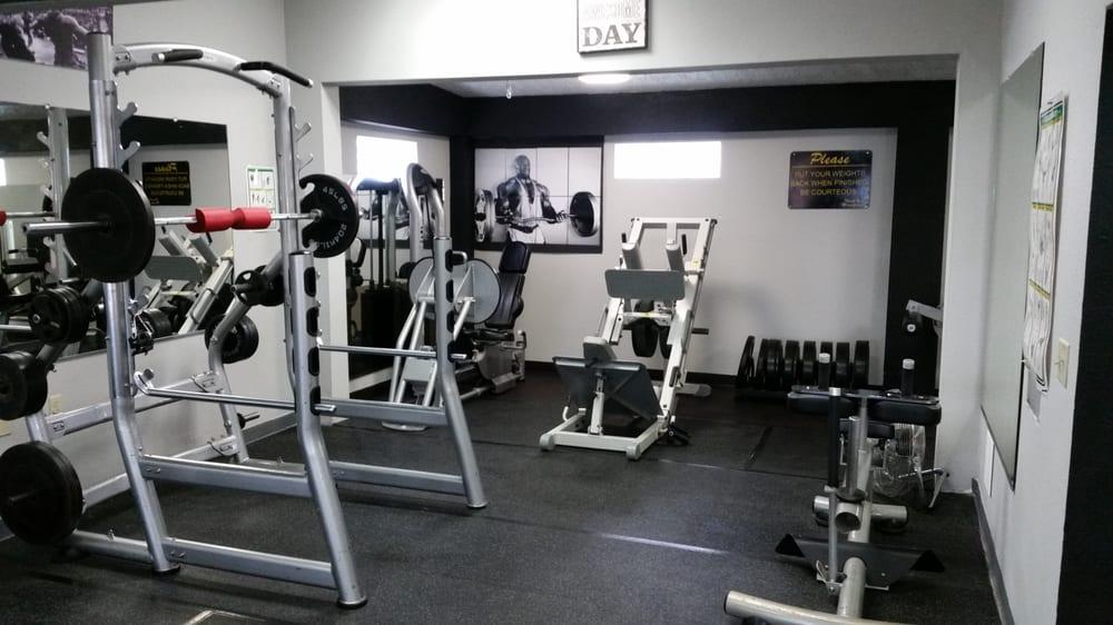 Hardkor Fitness: 424 Becker Ave, Belen, NM