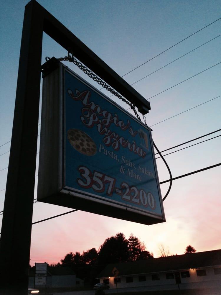 Angie's Pizzeria: 920 W Swanzey Rd, Swanzey, NH