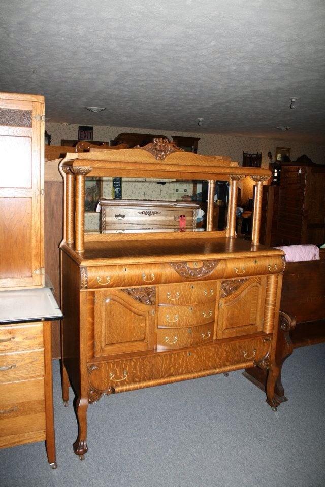 Cooper's Antiques: 2637 S State Hwy N, Republic, MO