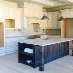 Delicieux Photo Of Kent Moore Cabinets   Austin, TX, United States. Princeton Classic  Homes