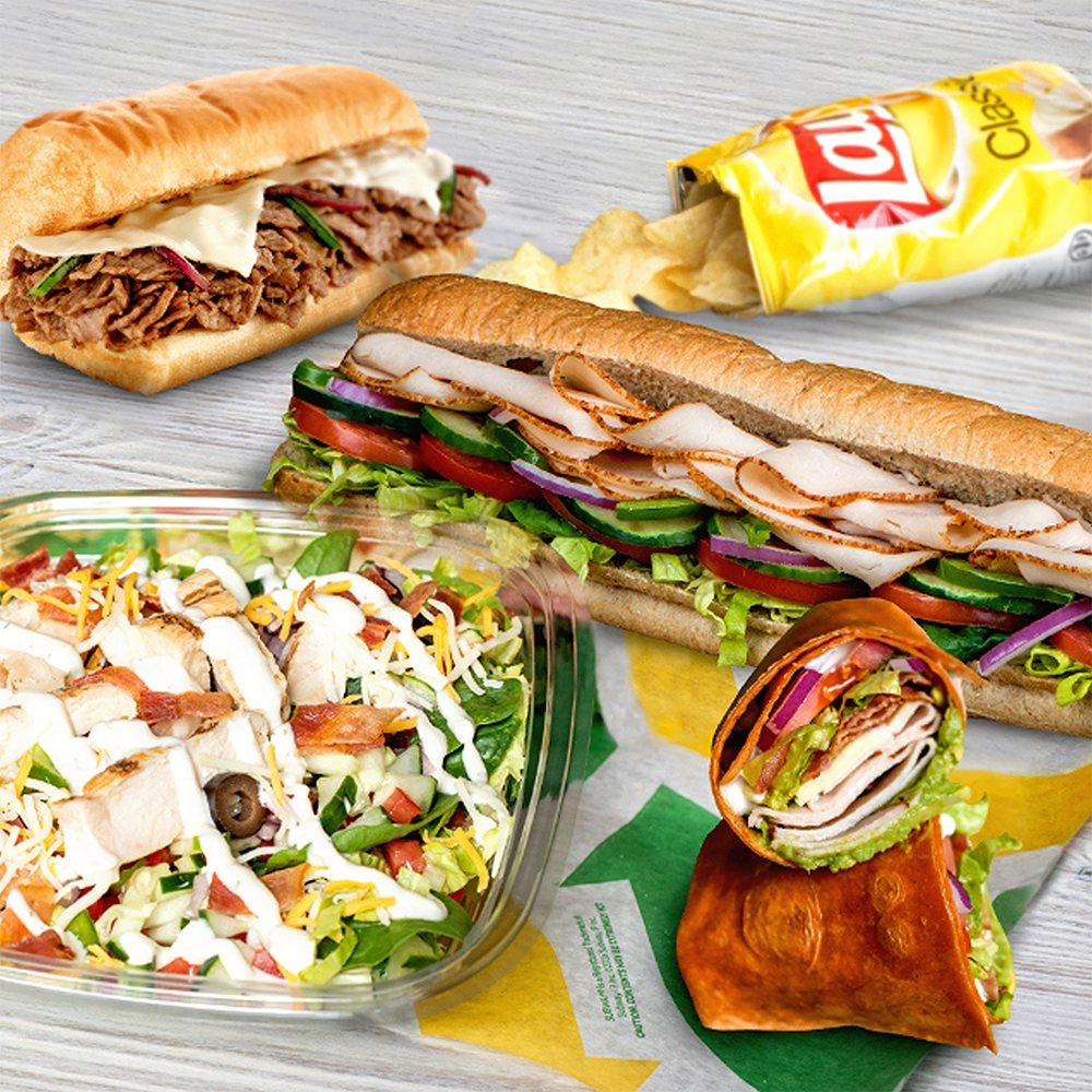 Subway Restaurants: 308 N Walnut St, Muncie, IN
