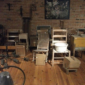 Les artisans du meuble qu b cois ferm artisanat 88 for Meuble quebecois montreal