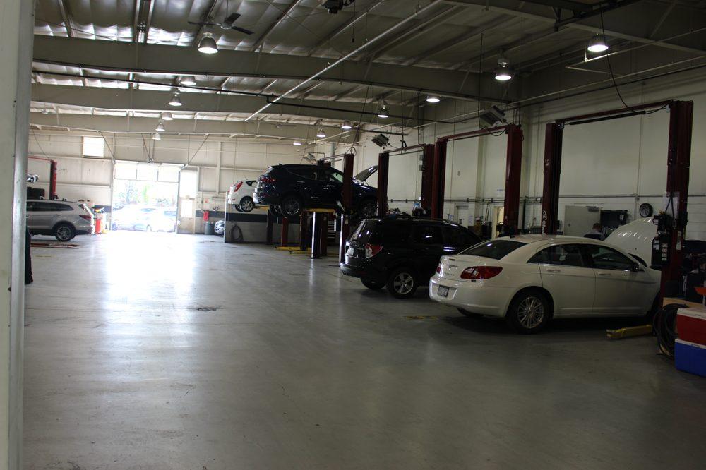 Shortline hyundai 19 photos 48 reviews garages 100 for Garage hyundai saint fons