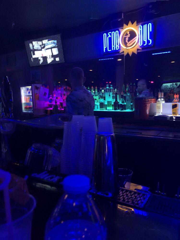 Peabody's Nightclub: 209 21st St, Virginia Beach, VA