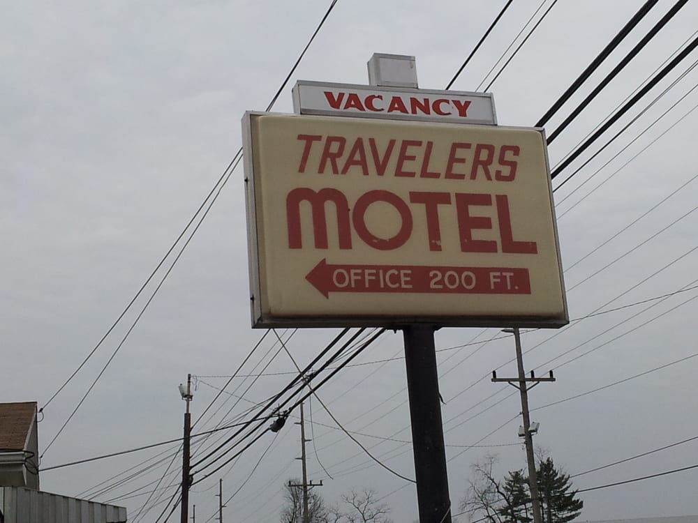 Travelers Motel: 56 Township Road 1039, Chesapeake, OH