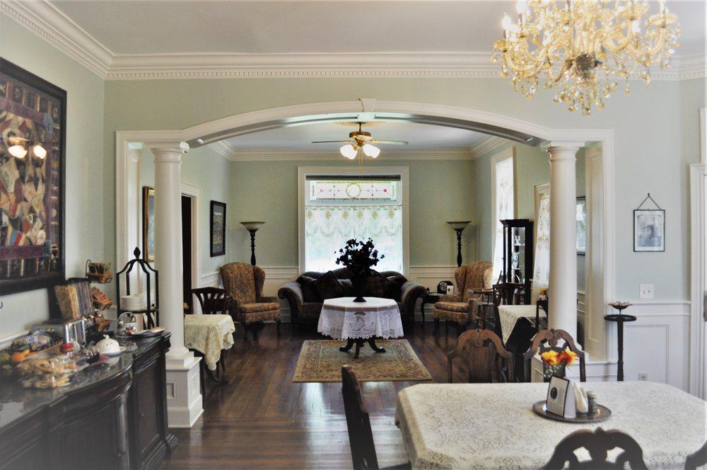 The Heber Senator Bed and Breakfast: 118 South 300 W, Heber City, UT