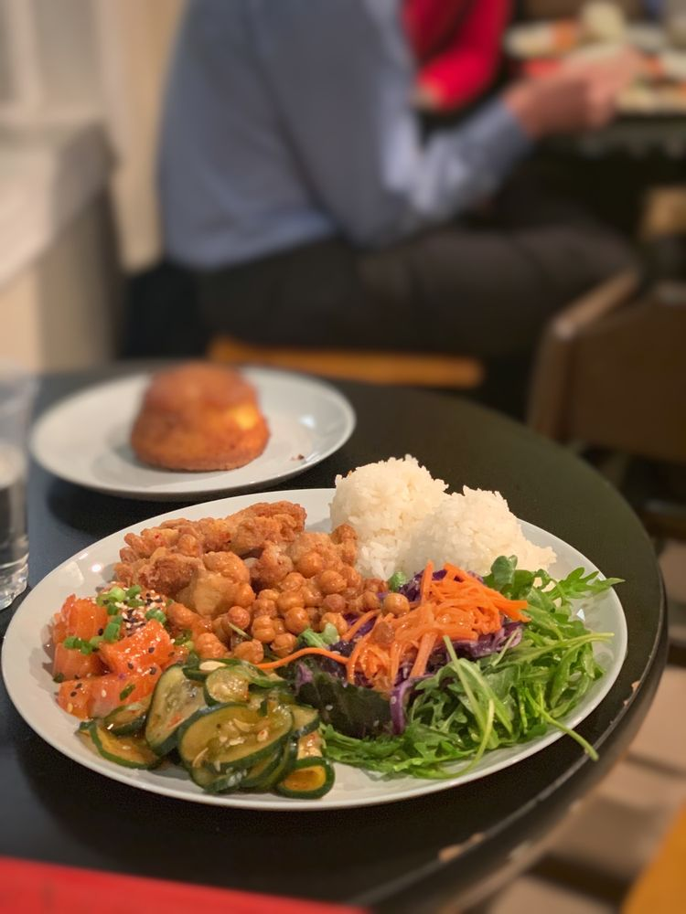 Food from Manoa Poke Shop
