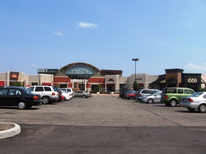 Sycamore Plaza: 7800 Montgomery Rd, Cincinnati, OH