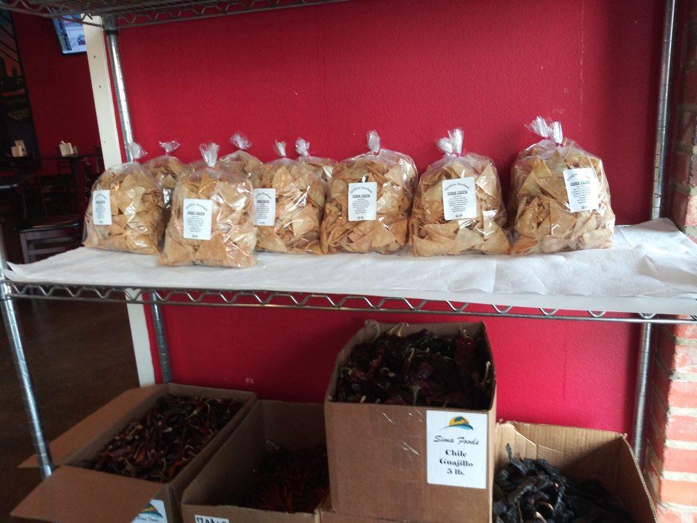 Tortilleria Matehula: 105 W 7th Ave, Corsicana, TX