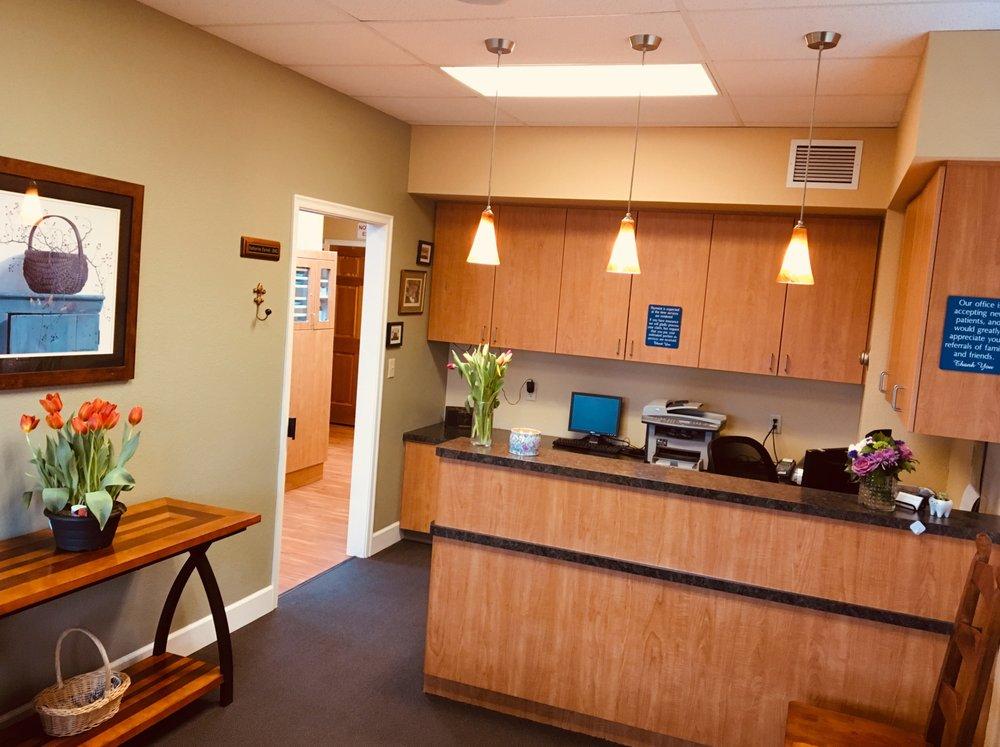 Hubbard Family Dental: 3489 3rd St, Hubbard, OR
