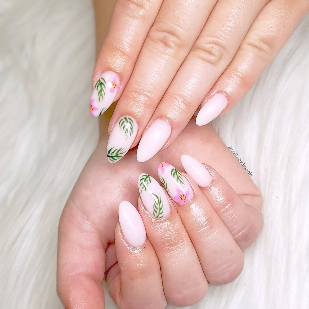 Green Ivy Nails & Spa