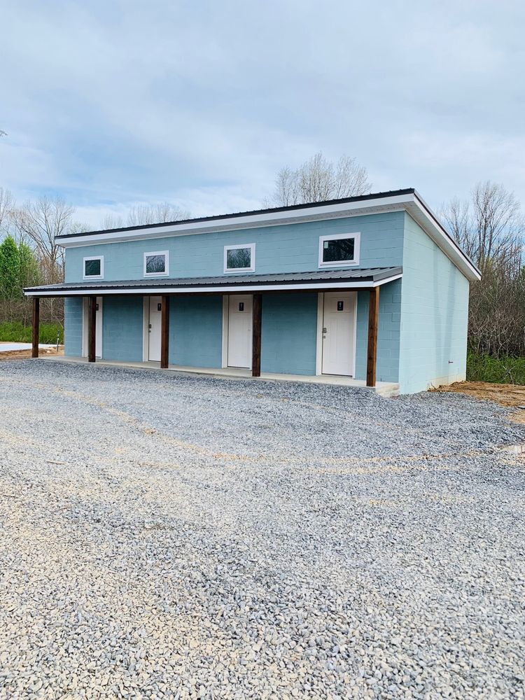 Miller's Outpost RV: 44 N Broadview St, Greenbrier, AR