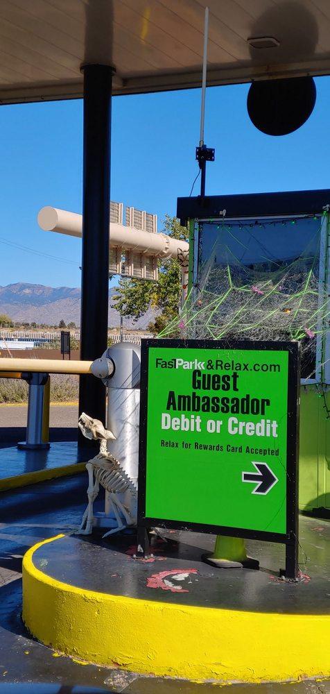 FastPark & Relax: 2801 Yale Blvd SE, Albuquerque, NM