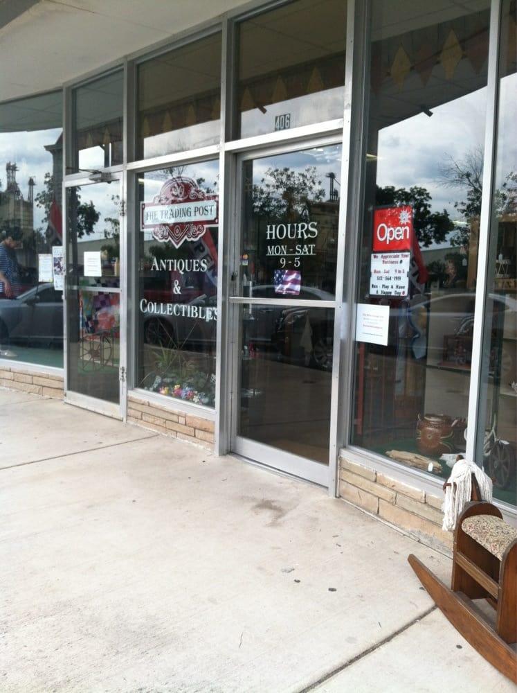The Trading Post: 406 S Live Oak, Lampasas, TX