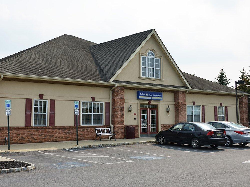 St. Luke's Village Medical Center: 207 Strykers Rd, Phillipsburg, NJ