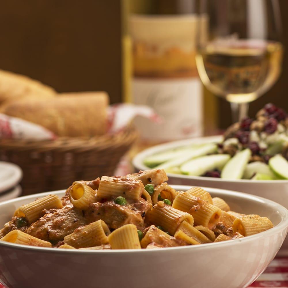 Italian Restaurant In Peoria: Photos For Buca Di Beppo Italian Restaurant