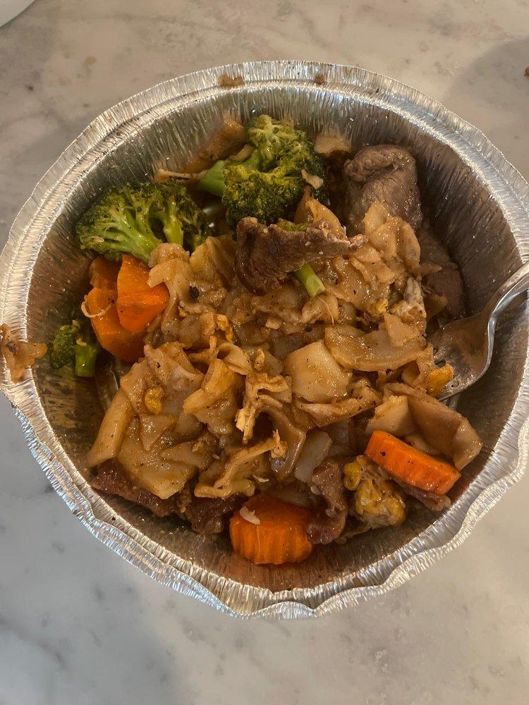 Whoopi Thai Cuisine Fairfield
