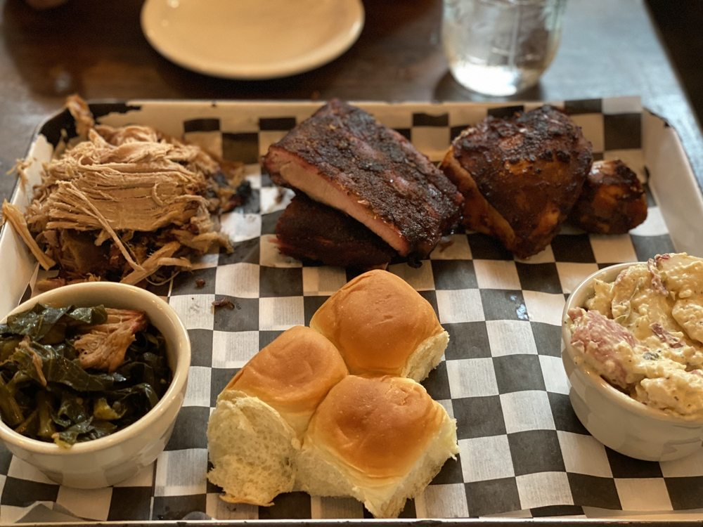 Food from Poogan's Smokehouse