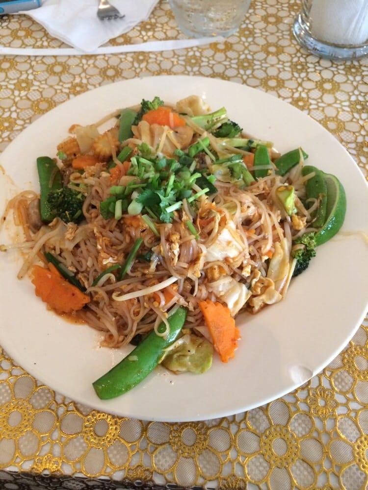 Thai Food Near Ne
