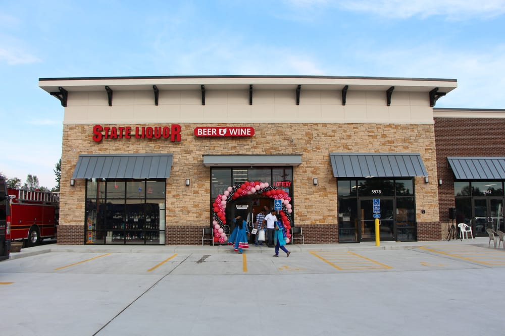 River's Bend Wine and Spirits: 6052 S Oh 48, Maineville, OH